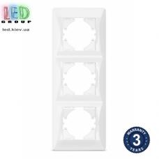 Рамка на три места, вертикальная, пластиковая, белая